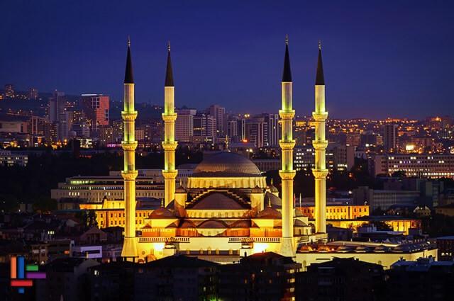 dış cephe aydınlatmada mimari aydınlatma örneği camii aydınlatması