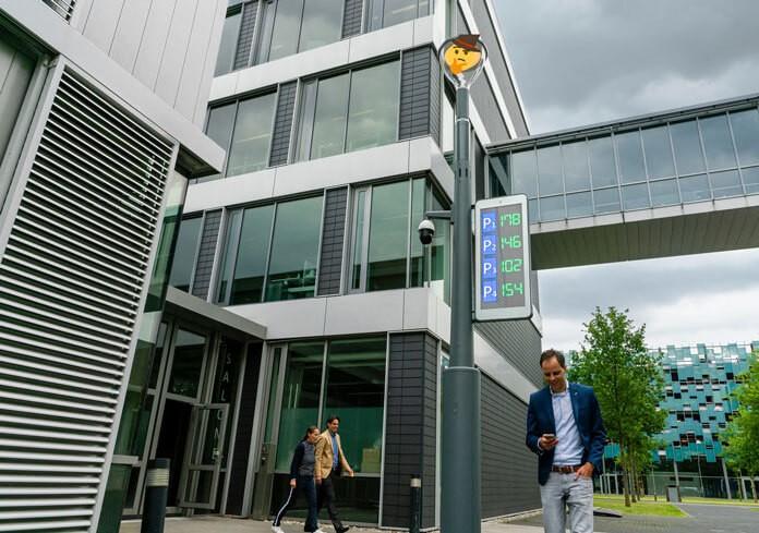 belediyeler için akıllı aydınlatma direği