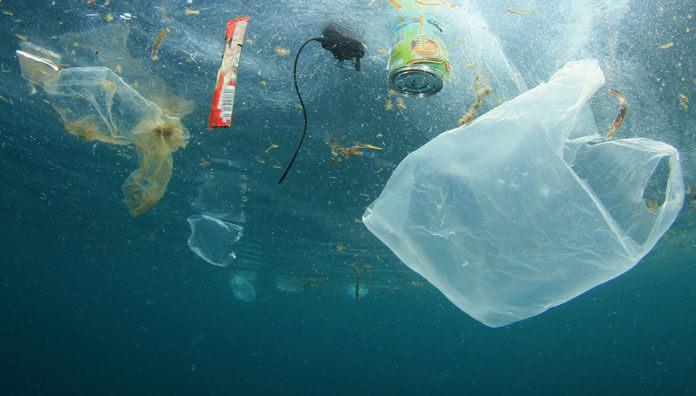 plastiklerin-deniz-polulasyonuna-verdigi-zararlar