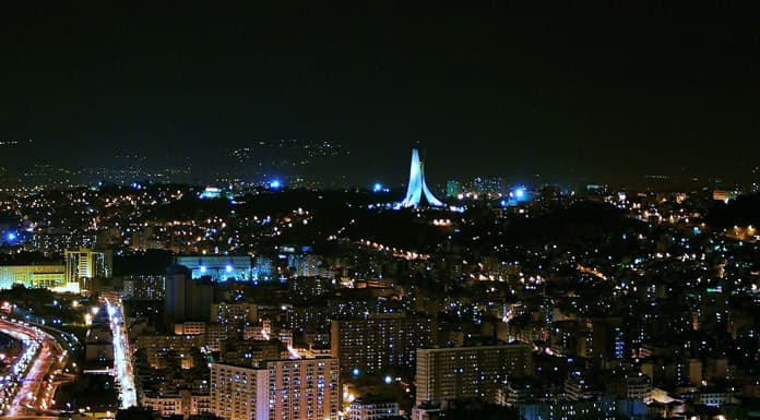 Cezayir-Gece-Manzara-Gorseli