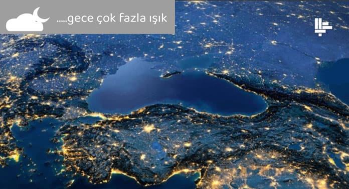 ışık kirliliği gece çekilmiş şehir aydınlatma görseli